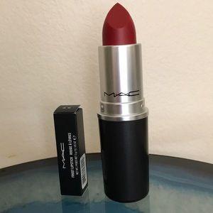 MAC large brush case & frost lipstick
